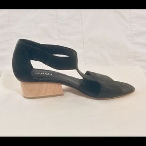 "⬇️$20🍁""VANELI"" Calyx T Strap Block Heel Sandal"
